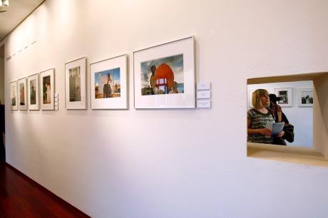 Inauguración de la exposición fotográfica de Cristóbal Hara, el jueves en la Llotja del Cànem. PAU BELLIDO